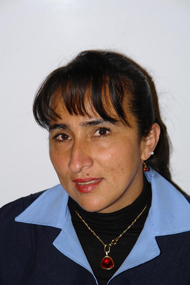 María-Estella-González---Servicios-Generales-